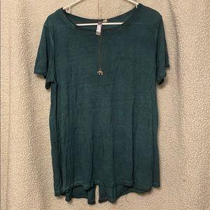 Francesca's green top